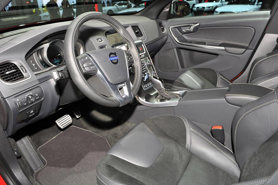 2014 Volvo S60 R Design Hd Pictures Carsinvasion Com