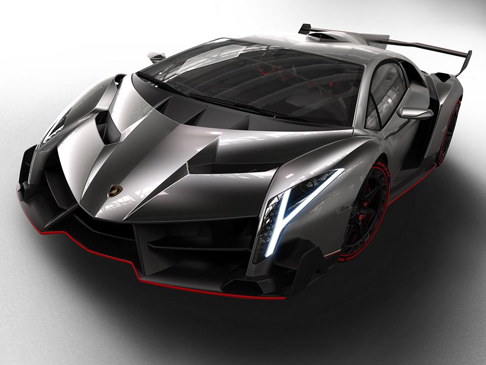 2015 Lamborghini Veneno Front Angle