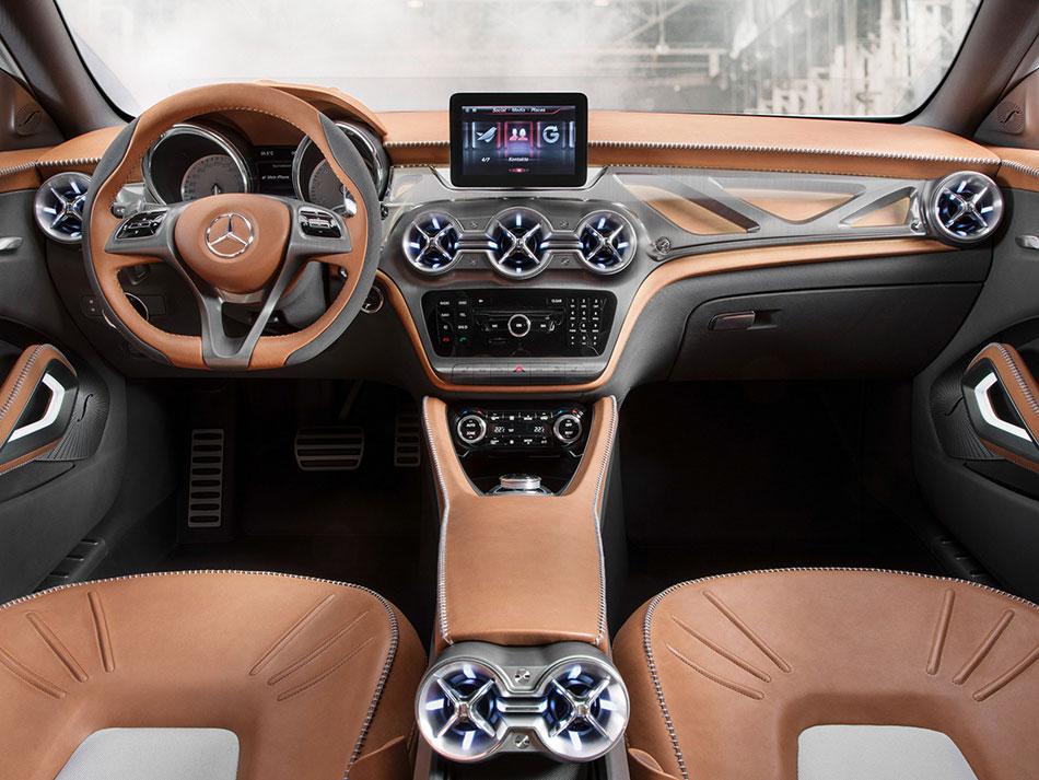 2015 Mercedes-Benz Concept GLA-Class Interior
