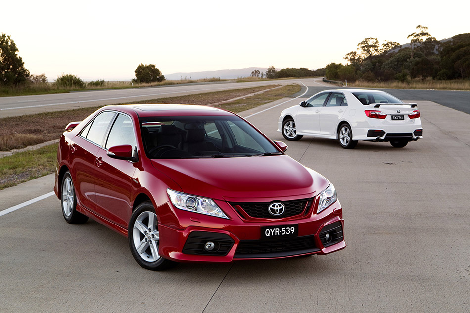2012 Toyota Aurion Front Angle