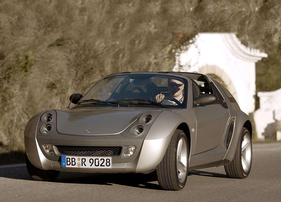 2003 Smart Roadster Coupe Front Angle