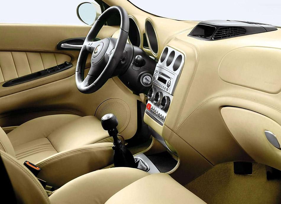 2004 Alfa Romeo Crosswagon Q4 Interior