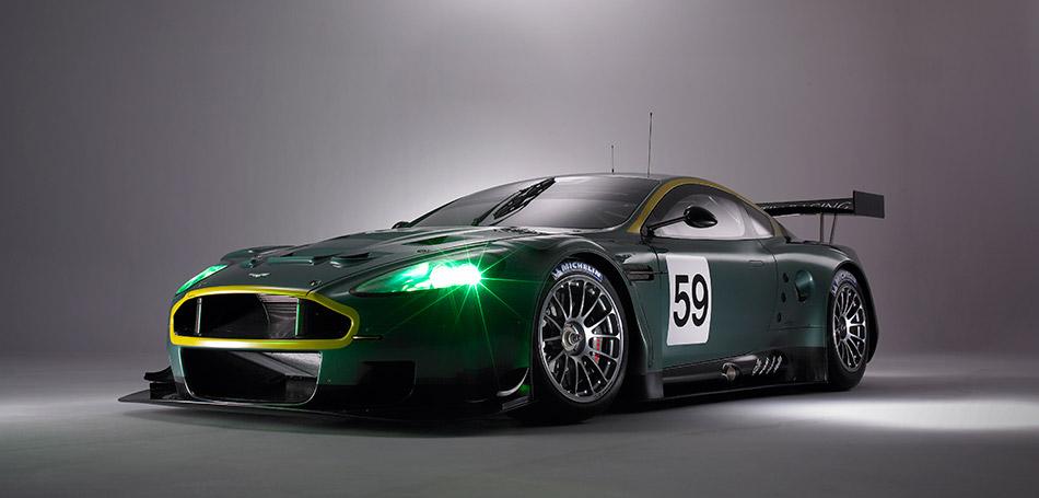 2005 Aston Martin DBR9 GT Front Angle
