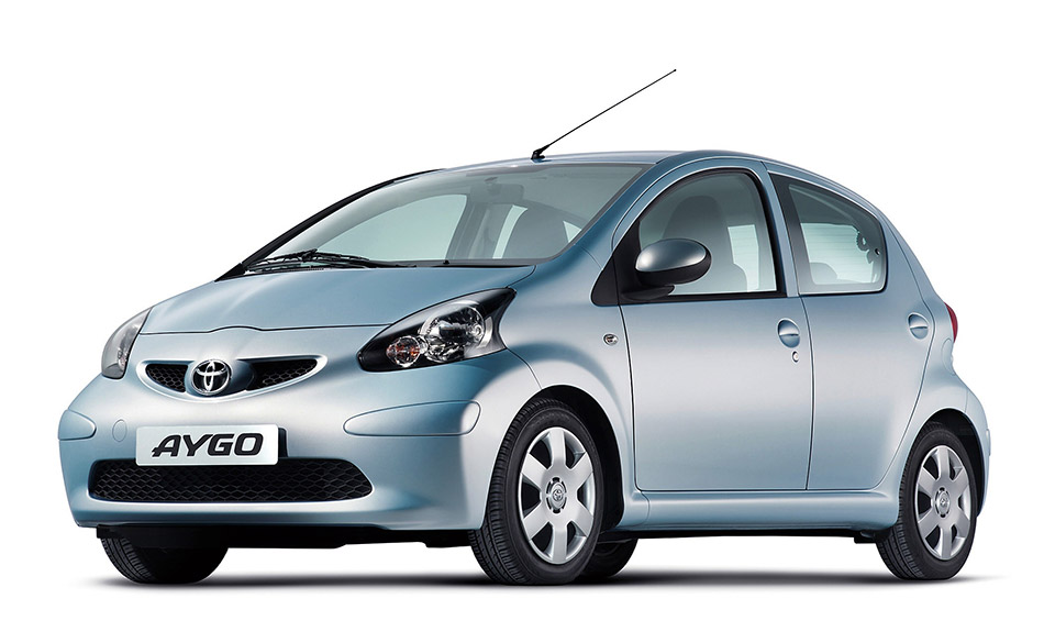 2005 Toyota Aygo Front Angle