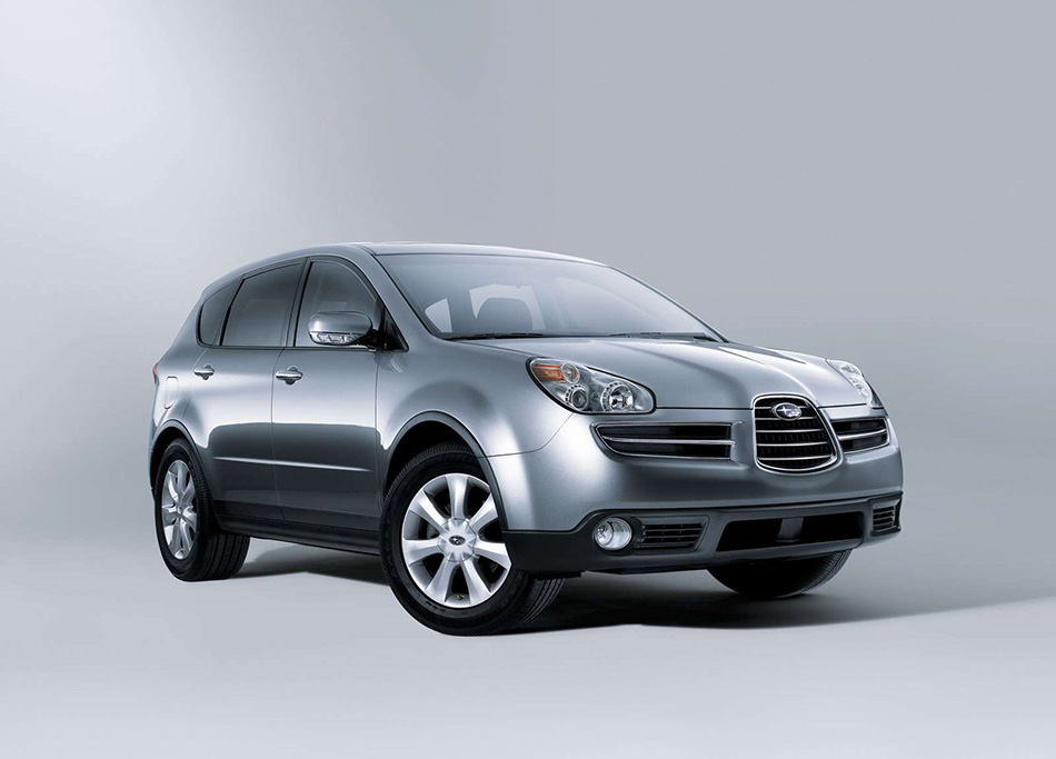 2006 Subaru B9 Tribeca Front Angle