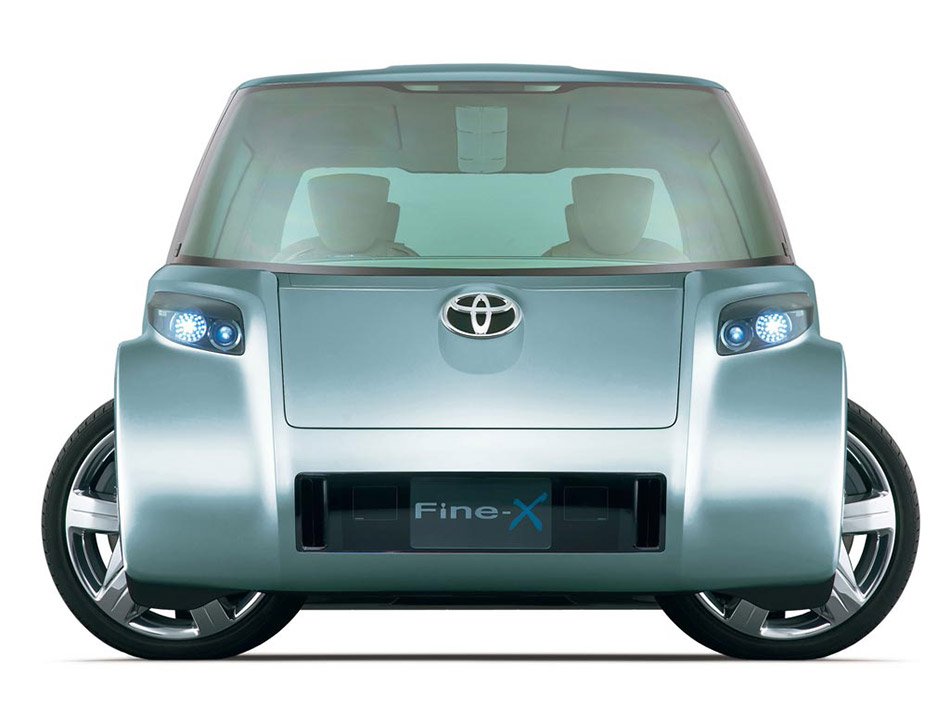 2006 Toyota Fine-T Fuel Cell Hybrid Concept Front Angel