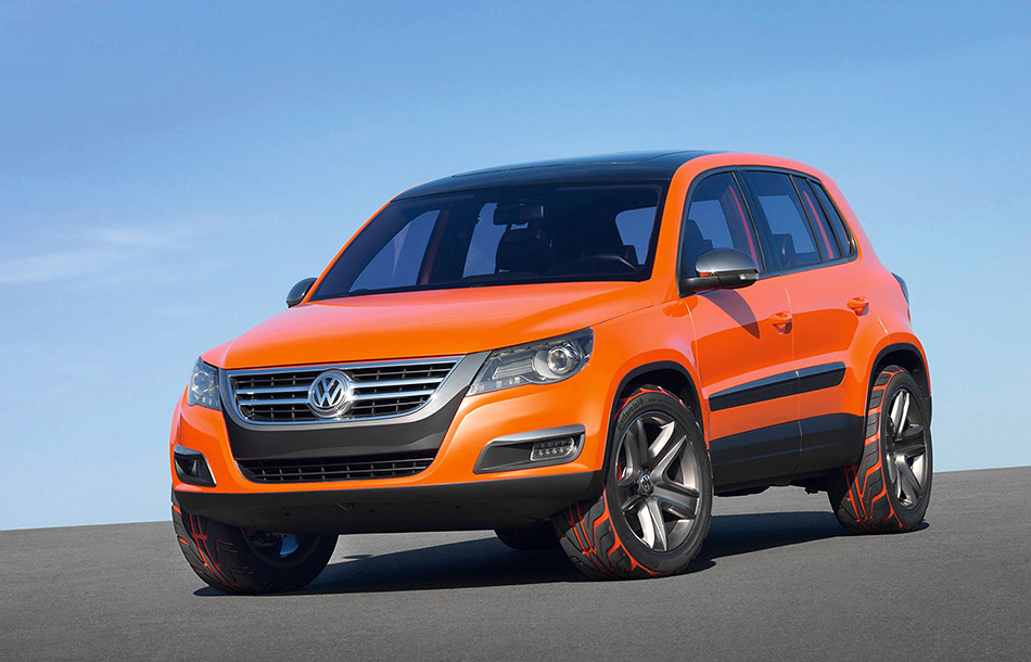 2006 Volkswagen Tiguan Concept Front Angle