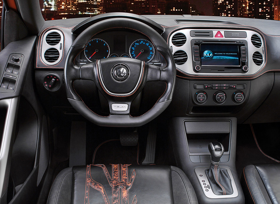 2006 Volkswagen Tiguan Concept Interior