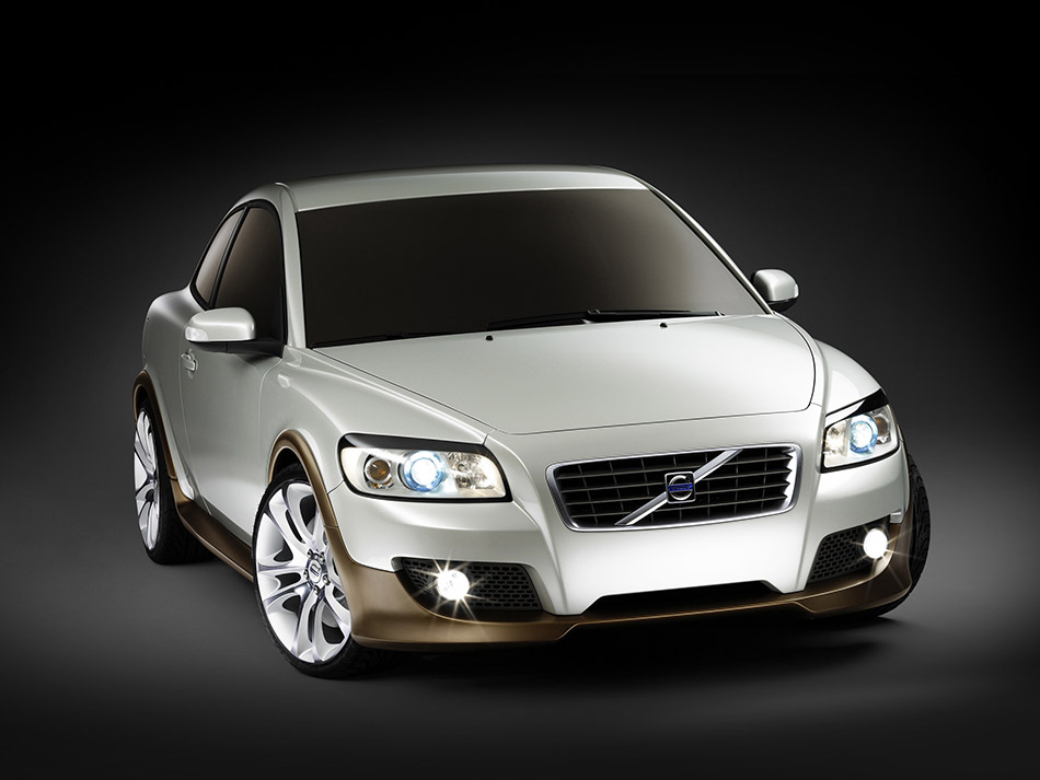 2006 Volvo C30 Concept Front Angle