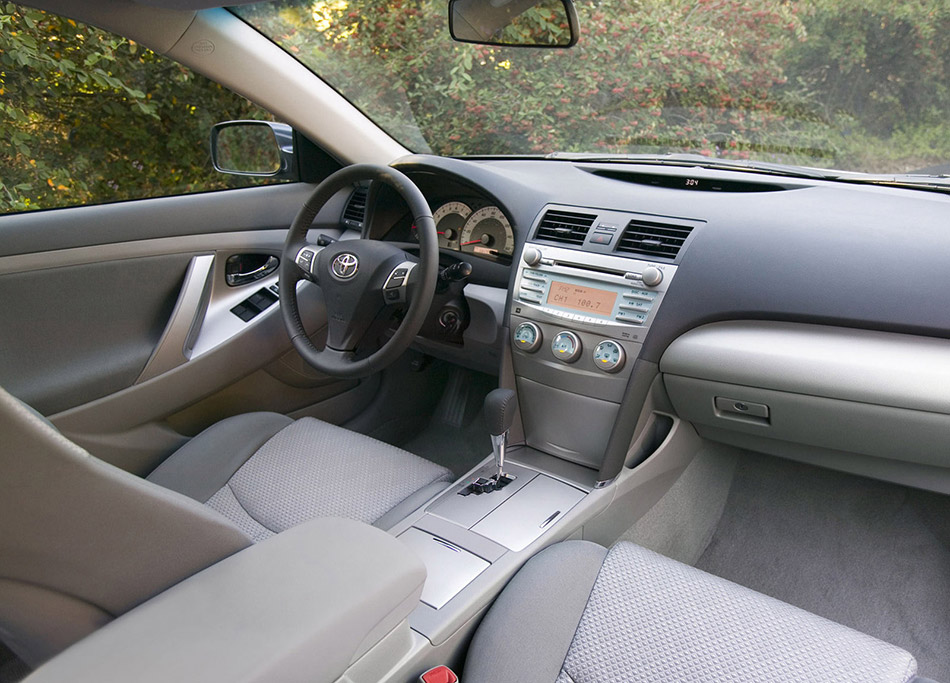 2007 Toyota Camry SE Interior