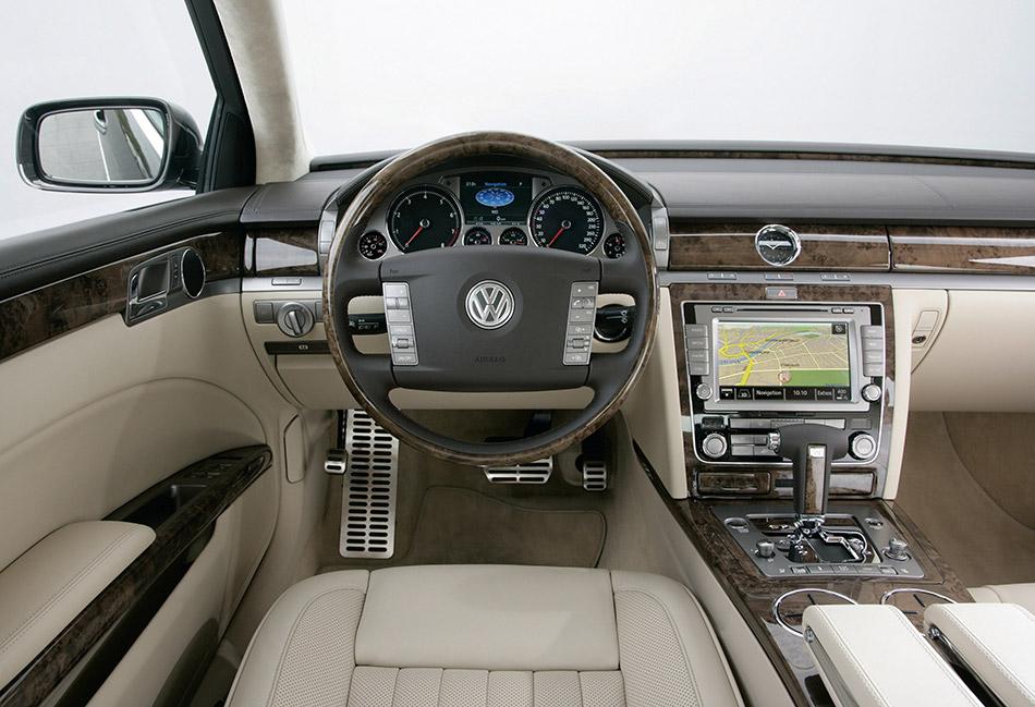 2007 Volkswagen Phaeton Interior