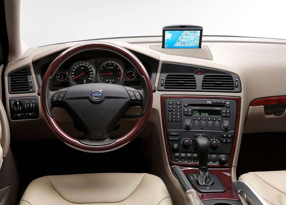 2007 Volvo XC70 Interior