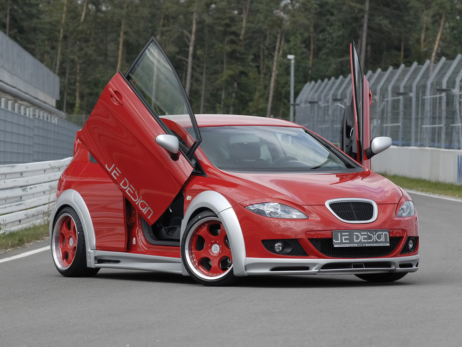2008 JE Design Seat Leon 1 P Wide Body Front Angle