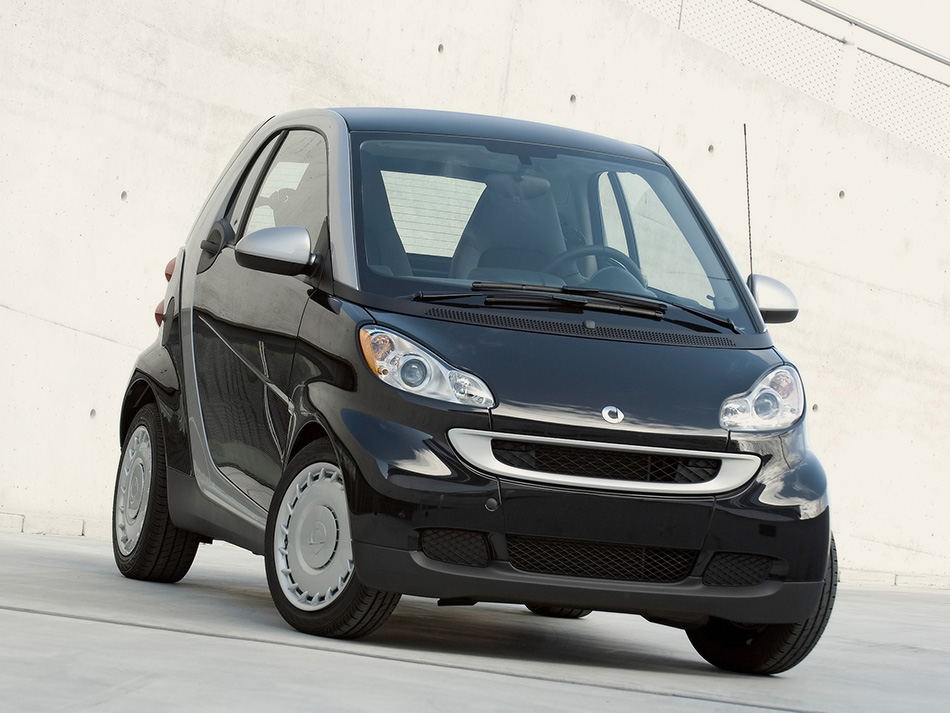 2008 Smart ForTwo Pure Front Angle