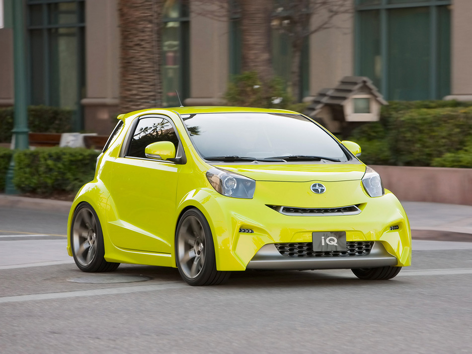 2009 Scion iQ Concept Five Axis Front Angle
