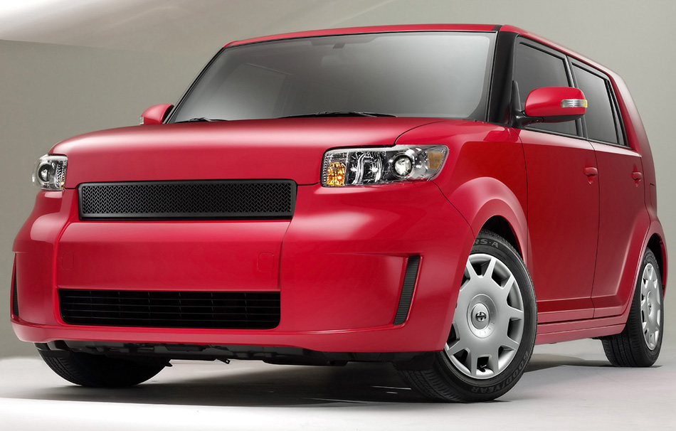 2009 Scion xB Release Series 6.0 Front Angle