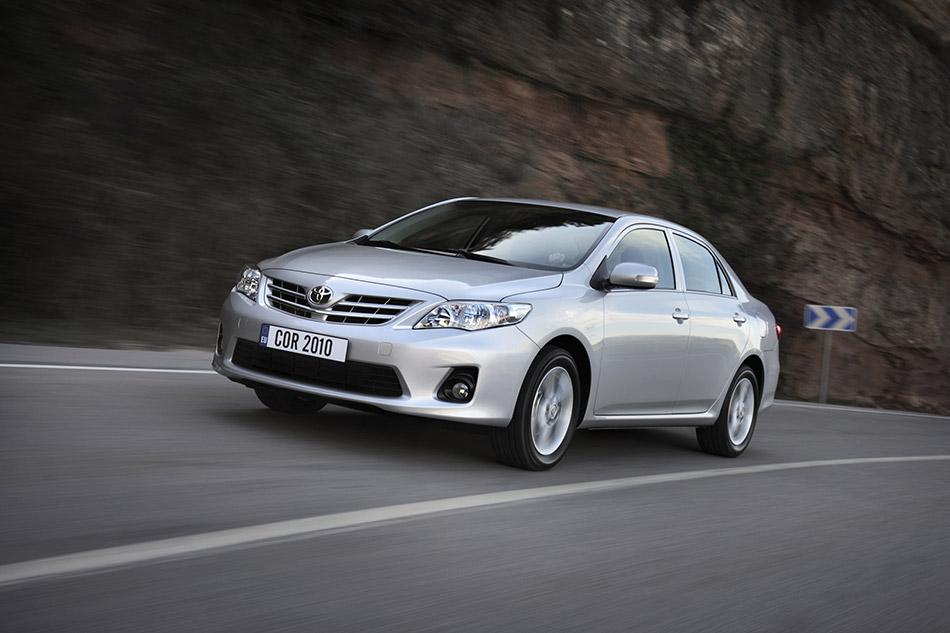 2010 Toyota Corolla Front Angle