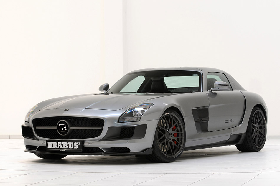 2011 Brabus Mercedes-Benz SLS AMG 700 Biturbo Front Angle