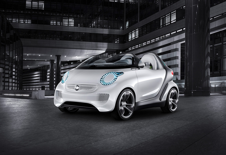 2011 Smart Forspeed Concept Front Angle