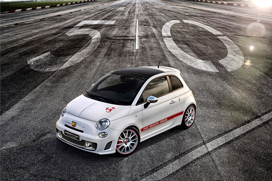 2013 Abarth 595 Front Angle