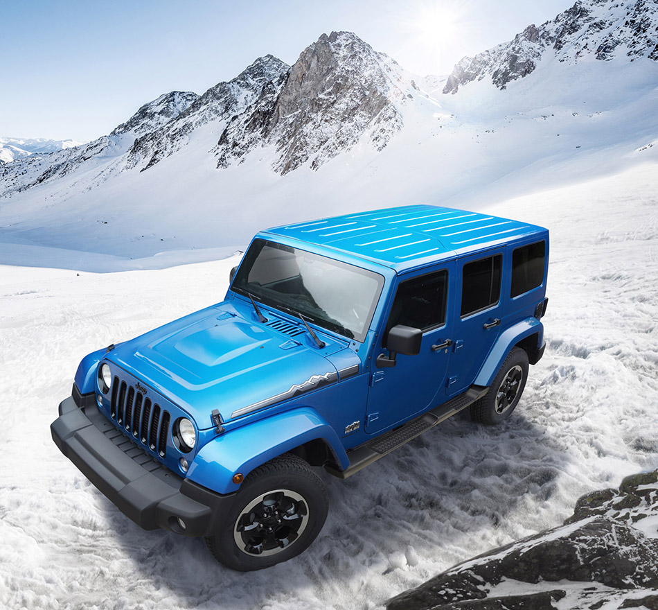 2013 Jeep Wrangler Polar Front Angle