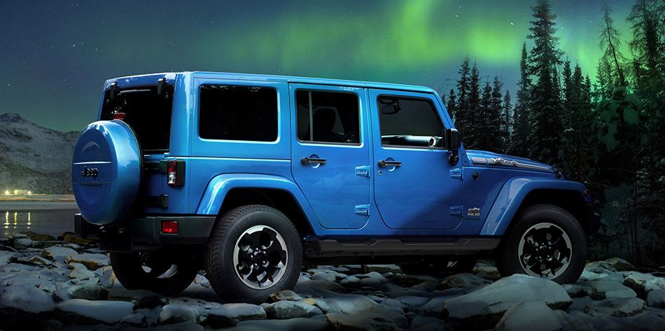 2013 Jeep Wrangler Polar Rear Angle