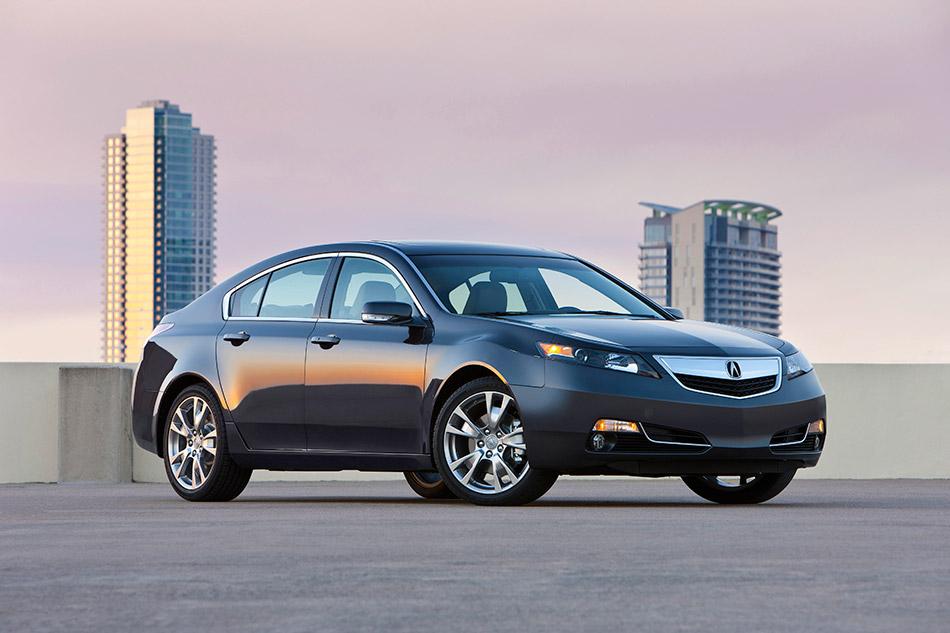 2014 Acura TL SH-AWD Front Angle