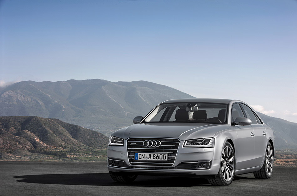 2014 Audi A8 Front Angle