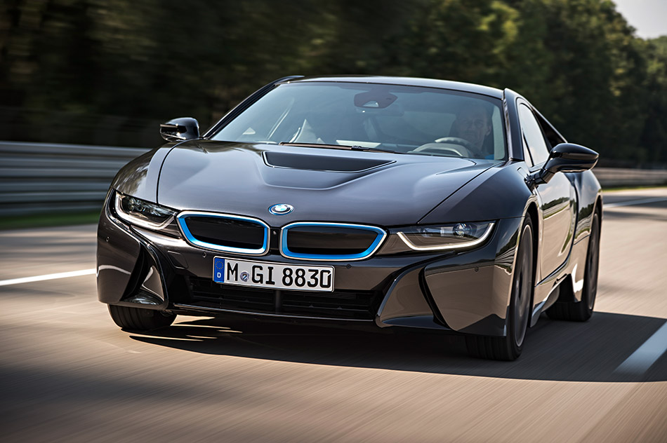 2014 BMW i8 Front Angle