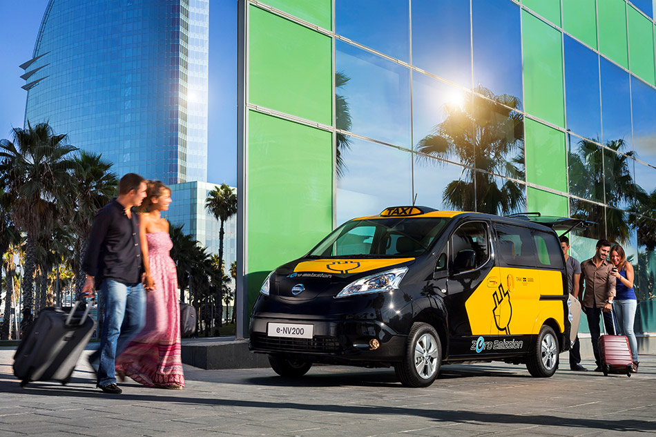 2014 Nissan Electric Taxi Front Angle