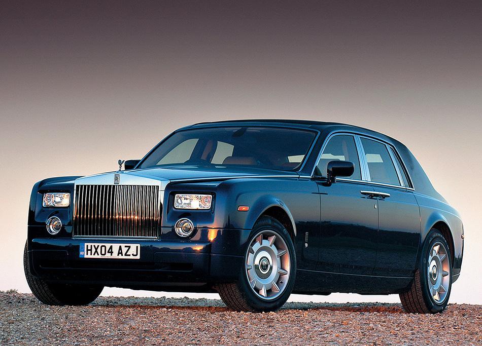 2003 Rolls-Royce Phantom Front Angle