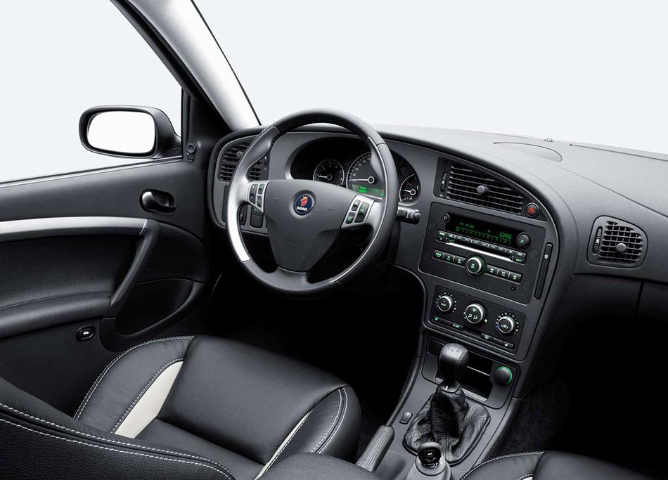 2006 Saab 9-5 Sedan Interior