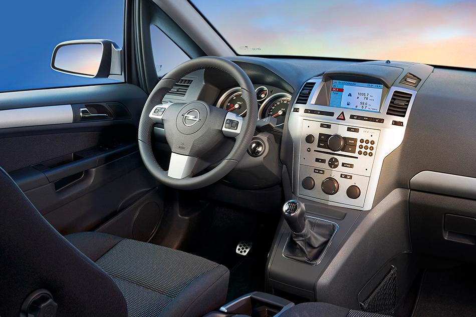 2008 Opel Zafira Interior