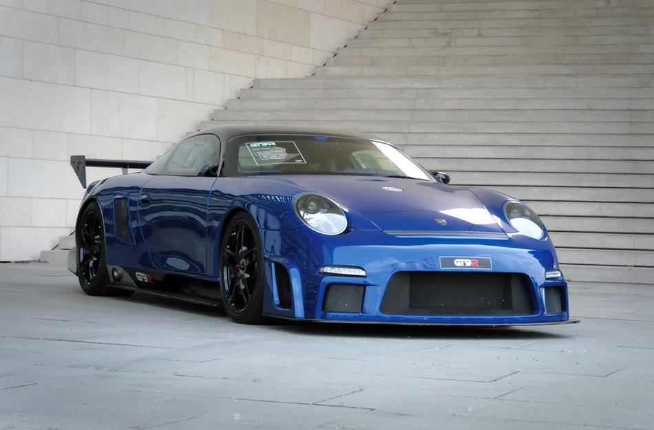 2009 9ff Porsche GT9-R Front Angle