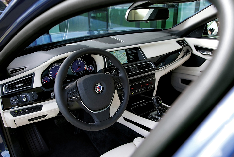 2013 Alpina BMW B7 Biturbo Interior