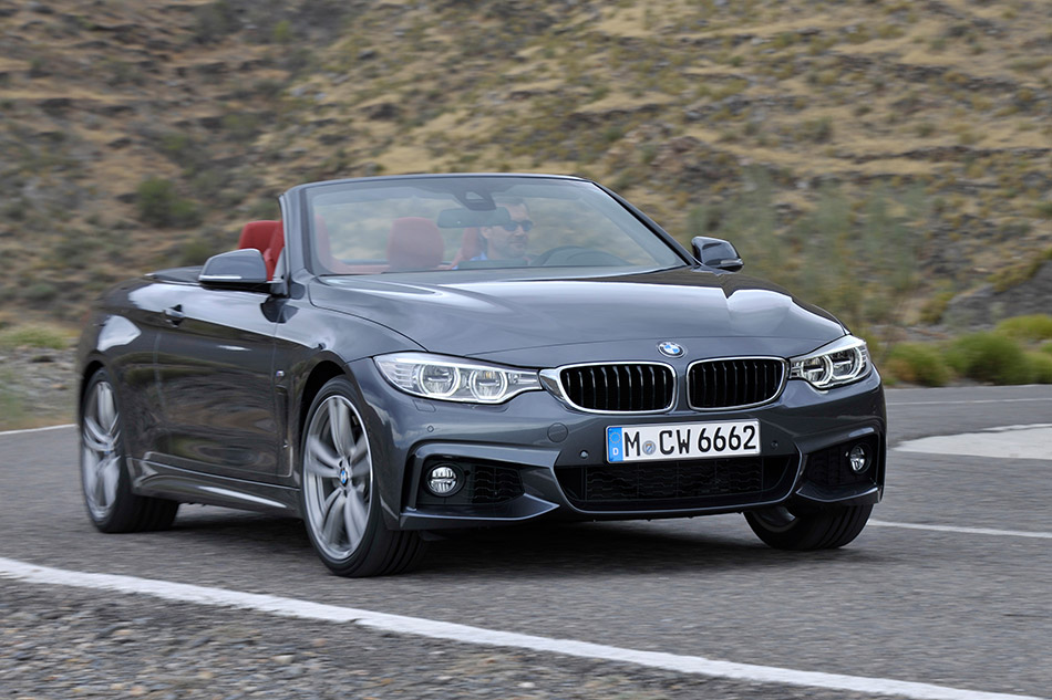 2014 BMW 4-Series Convertible Front Angle