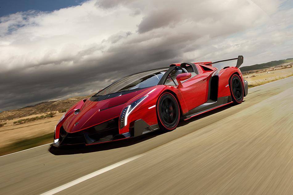 2014 Lamborghini Veneno Roadster Front Angle