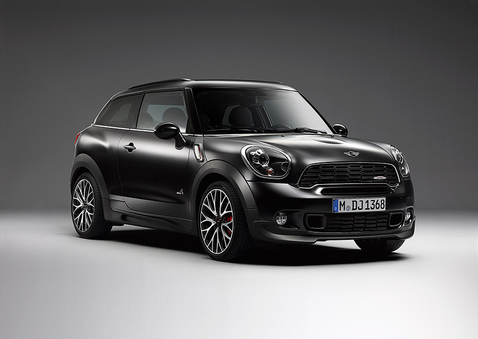 2014 MINI Frozen Black Front Angle
