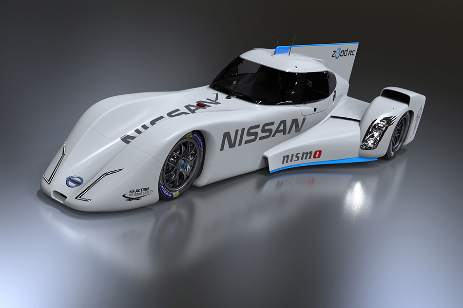 2013 Nissan ZEOD RC Front Angle