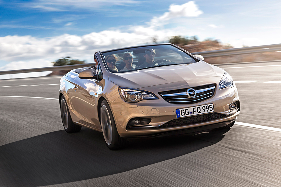 2013 Opel Cascada Front Angle