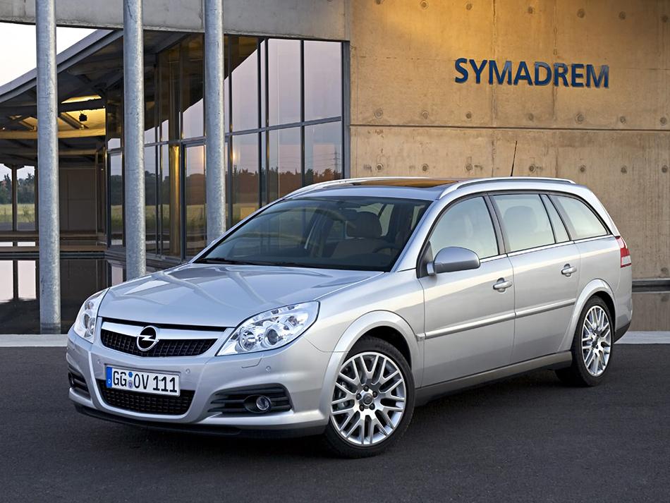 2006 Opel Vectra Caravan Front Angle