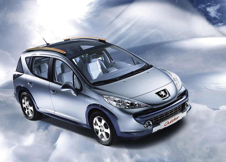 2008 Peugeot 207 SW Outdoor Concept Front Angle
