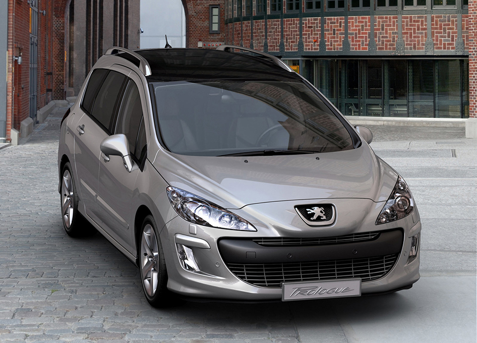 2007 Peugeot 308 SW Prologue Front Angle