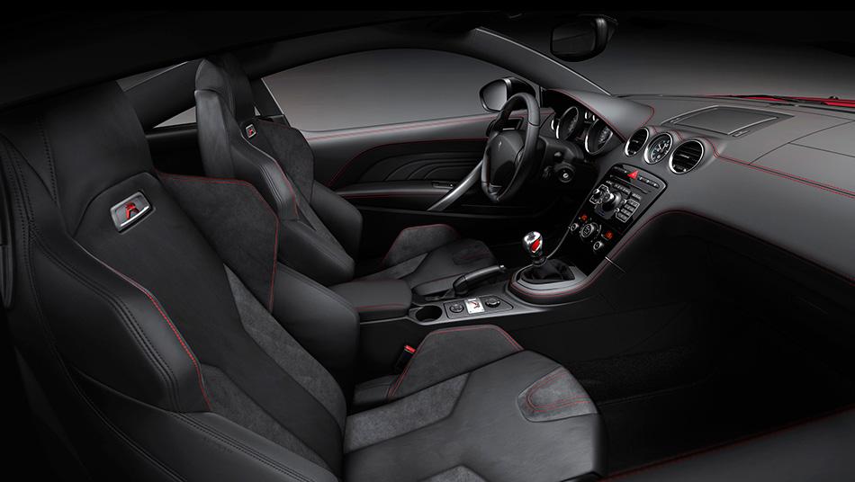 2013 Peugeot RCZ R Interior