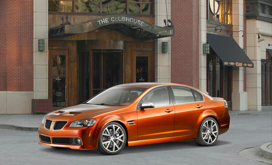 2007 Pontiac G8 GT Front Angle