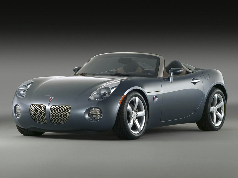2006 Pontiac Solstice Roadster Front Angle