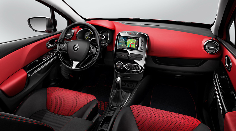 2013 Renault Clio Estate Interior