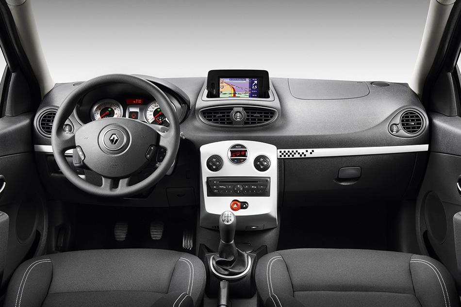 Renault Clio 2010 Interior 2010 Renault Clio s