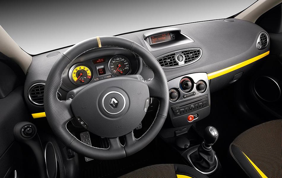 2009 Renault Clio Sport Interior