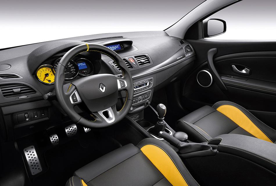 Renault Megane Sport Interior 2010 Renault Megane Sport Front Angle 2010 Renault Megane Sport Interior
